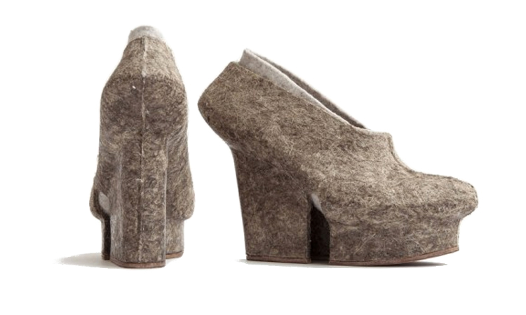 Wedge platform heel shoes made from hemp