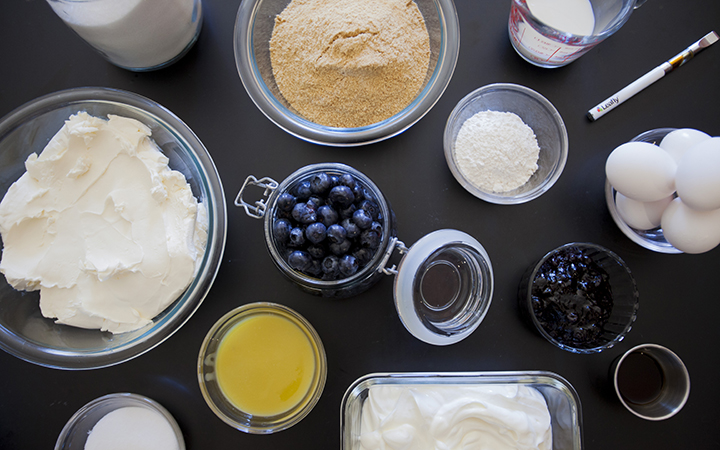 Cannabis-infused blueberry cheesecake: Ingredients