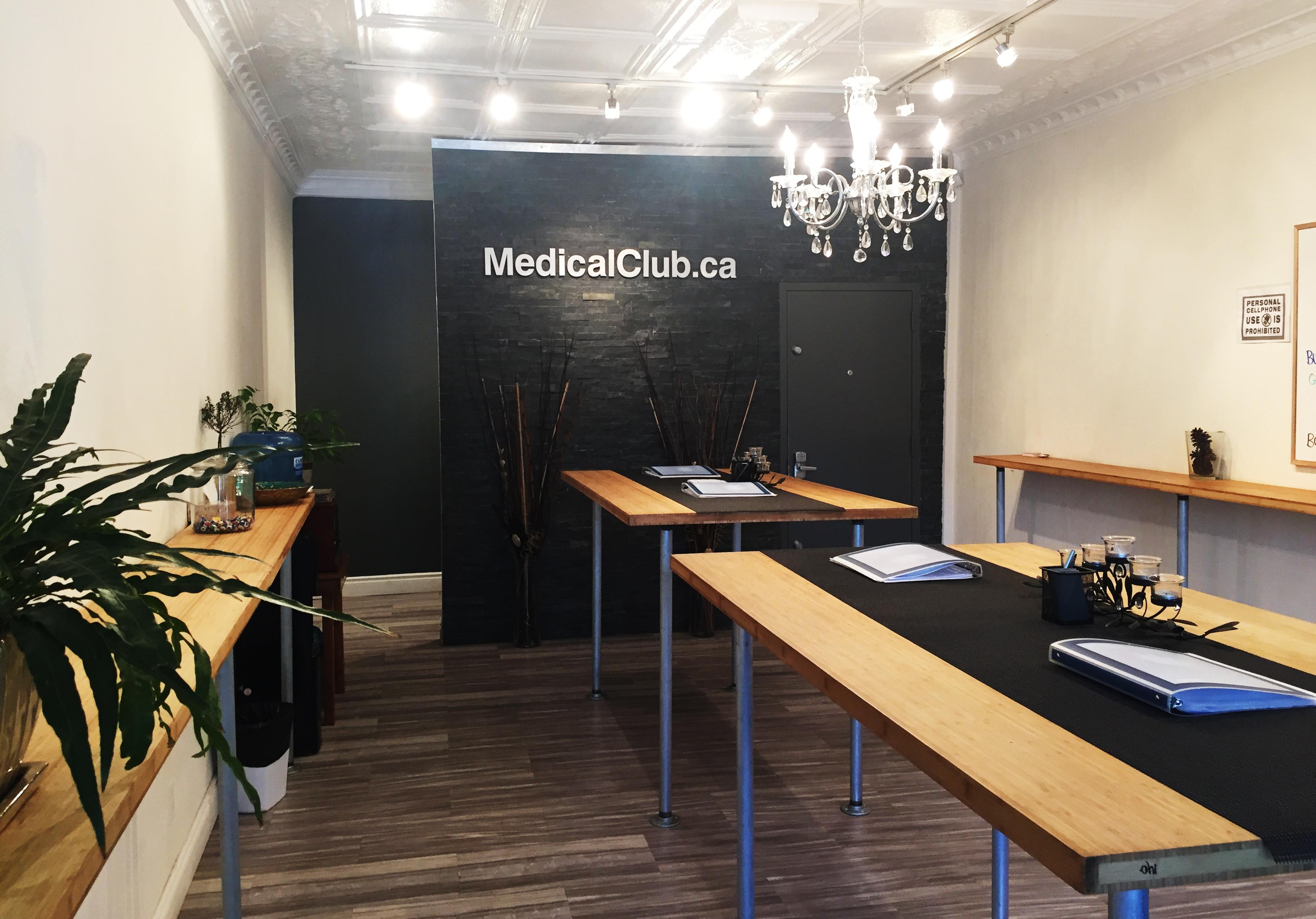 MedicalClub.ca medical marijuana dispensary in Toronto, Ontario, Canada