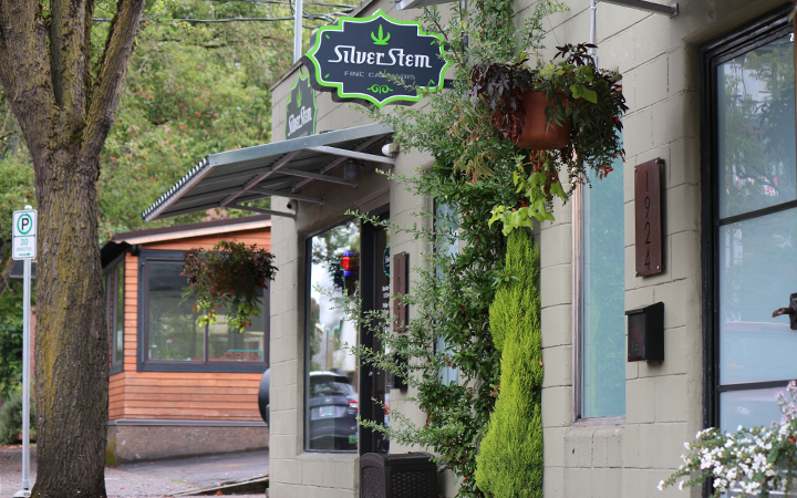 Silver Stem Medical Marijuana and Recreational Cannabis Dispensary in Portland, Oregon