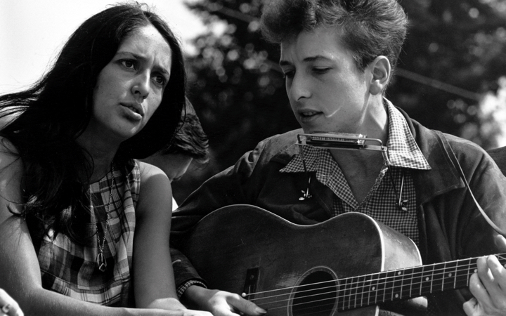 Bob Dylan with Joan Baez during the Civil Rights March in 1963