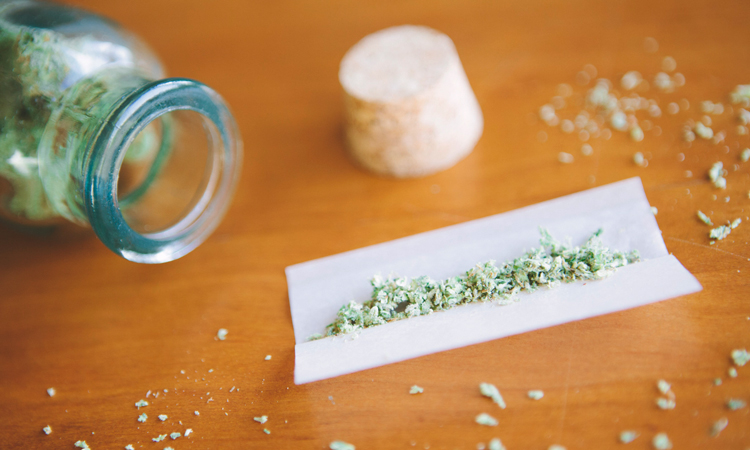 Rolling papers for smoking cannabis