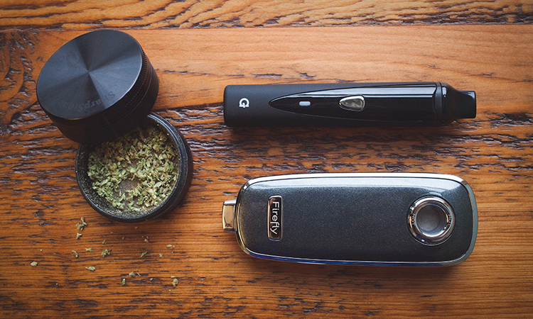 Firefly vaporizer with ground cannabis